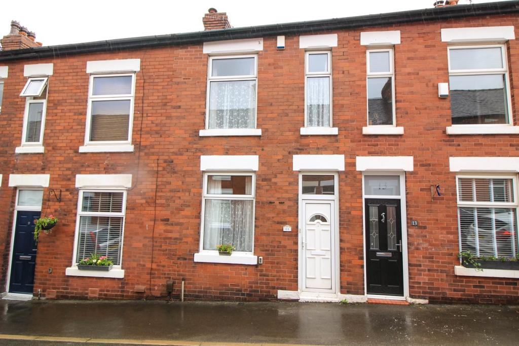 108866 17606232 IMG 01 0001 - REDUCED INVESTMENT OPPORTUNITY- MARPLE