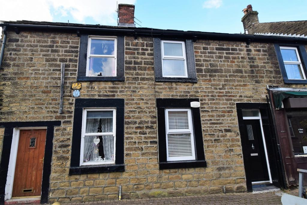Market St 1 - Reduced Ready to Let Apartment in Mottram